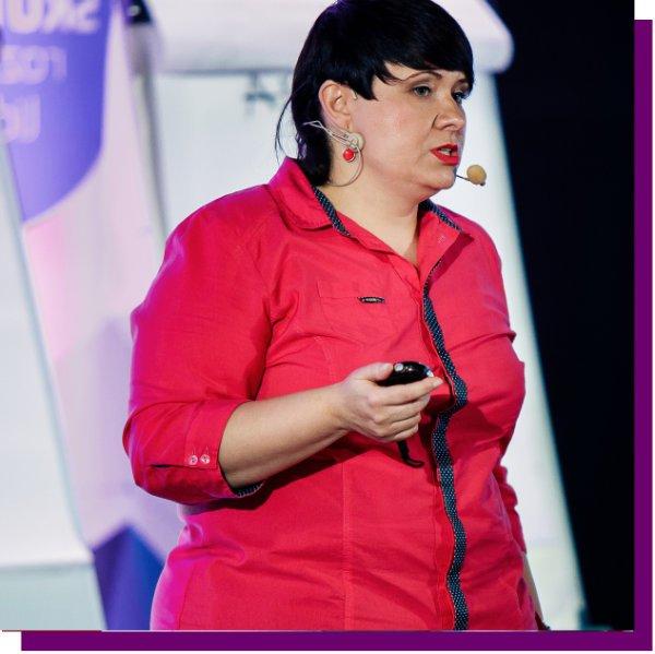 Beata Kapcewicz, Leadership Trainer & Business Coach. Momentum Way